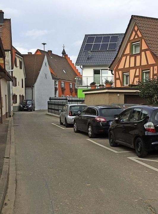 Für enge Straßen, wie hier die Rathaus...ein Parkraumkonzept erarbeitet werden.  | Foto: Mario Schöneberg