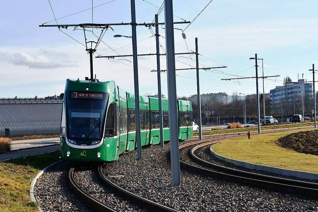 Die Tram 3 in Saint-Louis  | Foto: BVB