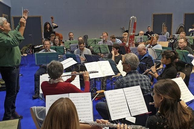 Blasorchester Lure spielt