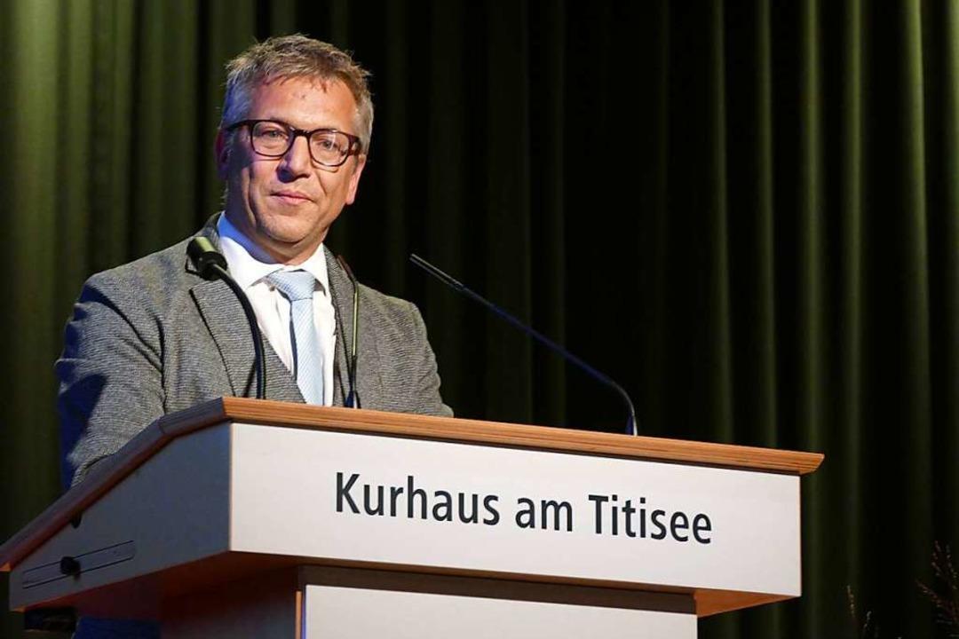 Jürgen Kaiser, Bürgermeister von Schlu...prengel und die Tourismusgesellschaft.  | Foto: Peter Stellmach