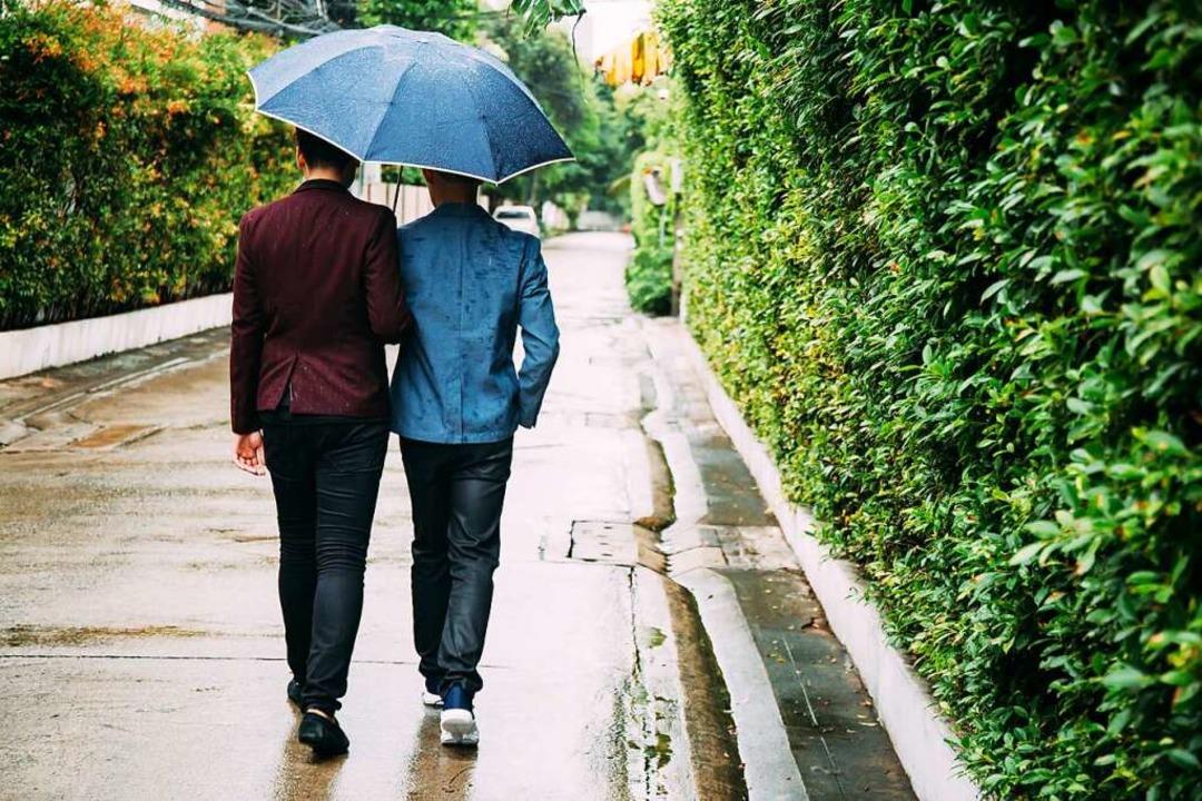 Die Liebe zwischen zwei Männern ist au...n Thema in den Romanen von Thomas Ays.  | Foto: Twinster Photo (Adobe Stock)