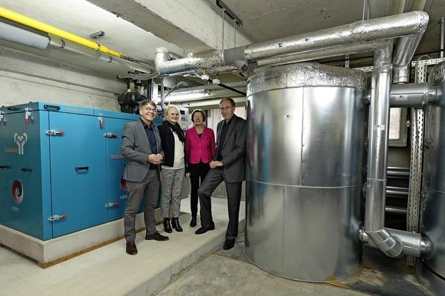 An den Haslacher Pestalozzi-Schulen ist ein weiteres Blockheizkraftwerk in Betrieb genommen worden