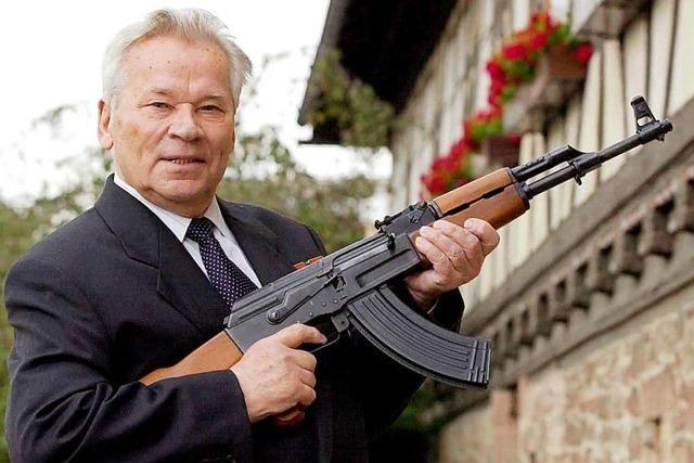 Vor 100 Jahren wurde Sturmgewehr-Erfinder Kalaschnikow geboren