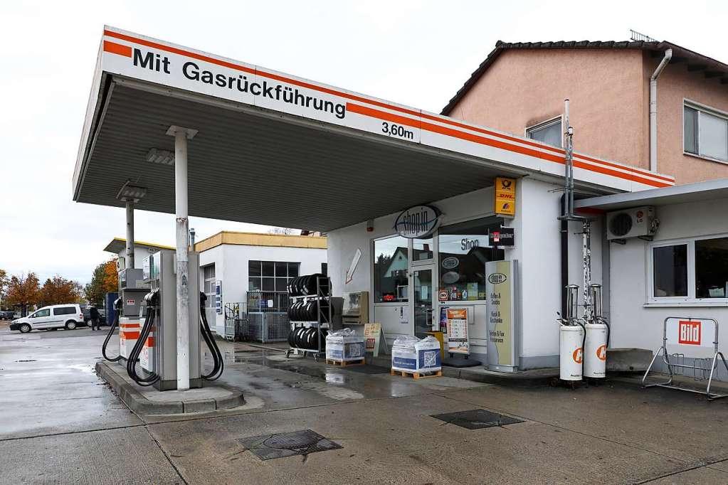 Die Postbank hat die Filiale in der Tankstelle Oberle gekündigt - Schwanau - Badische Zeitung