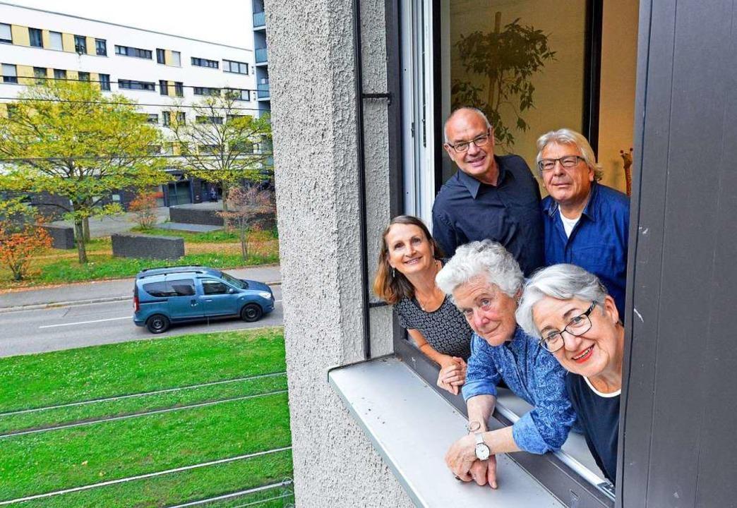 Hallo, Nachbarn: Das Foto zeigt (vorne...ks)  Mathias Staenke und Clemens Back.  | Foto: Michael Bamberger