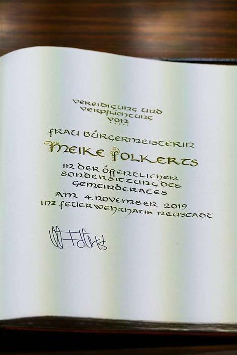 Am 4. November wurde Folkerts vereidigt.  | Foto: Tanja Bury