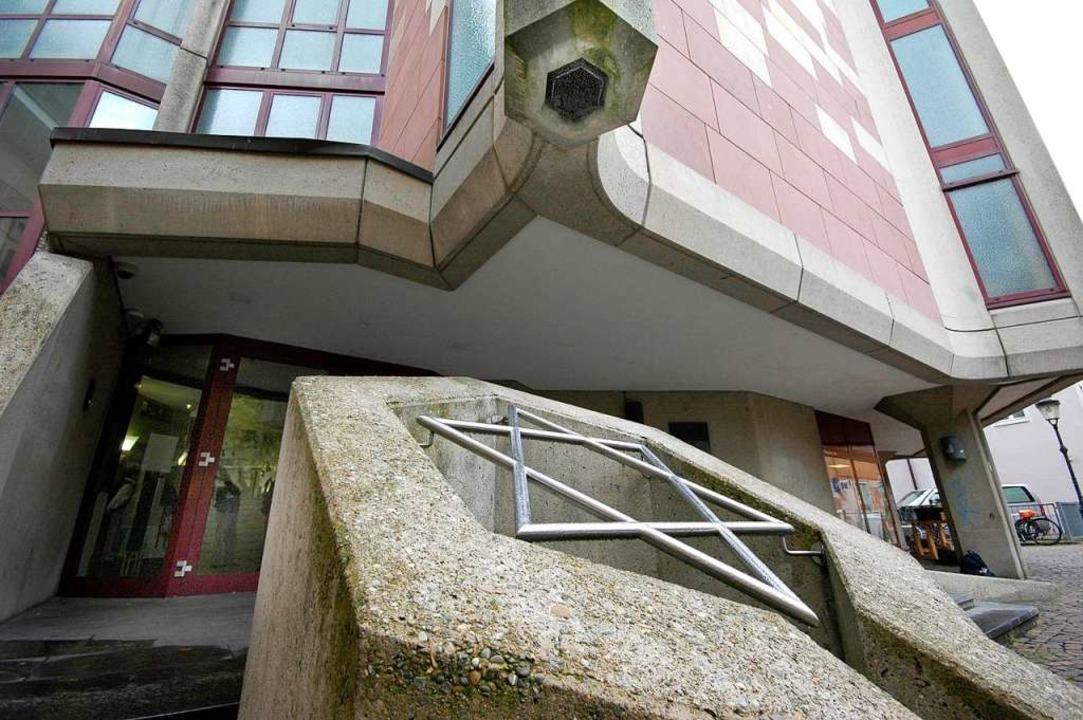 Die neue Synagoge in Freiburg. Jüdinne...he Vorfälle in der Stadt (Archivbild).  | Foto: Brigitte Sasse