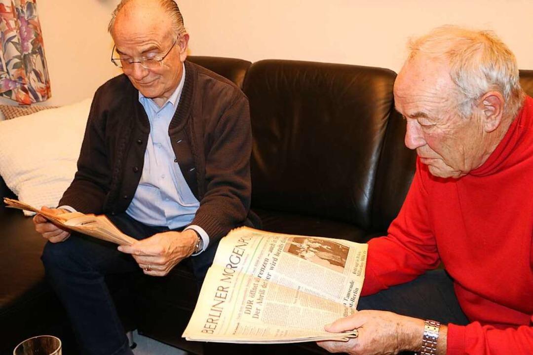 Kurt Altmeier (links) und Otmar Weisha...aligen, überschäumenden Freudentaumel.  | Foto: Martha Weishaar