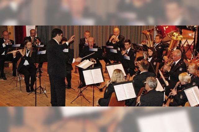 Zollkapelle präsentiert sich als temperamentvolles Ensemble