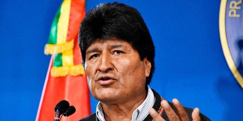 Nach wochenlangen Protesten gegen ihn ... Evo Morales seinen Rücktritt erklärt.  | Foto: Freddy Zarco (dpa)