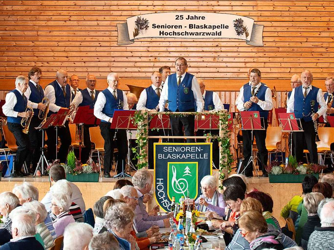 25 Jahre Seniorenblaskapelle Hochschwarzwald - Lenzkirch - Fotogalerien - Badische Zeitung