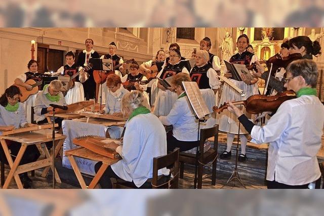 Chor und Zither harmonieren gut
