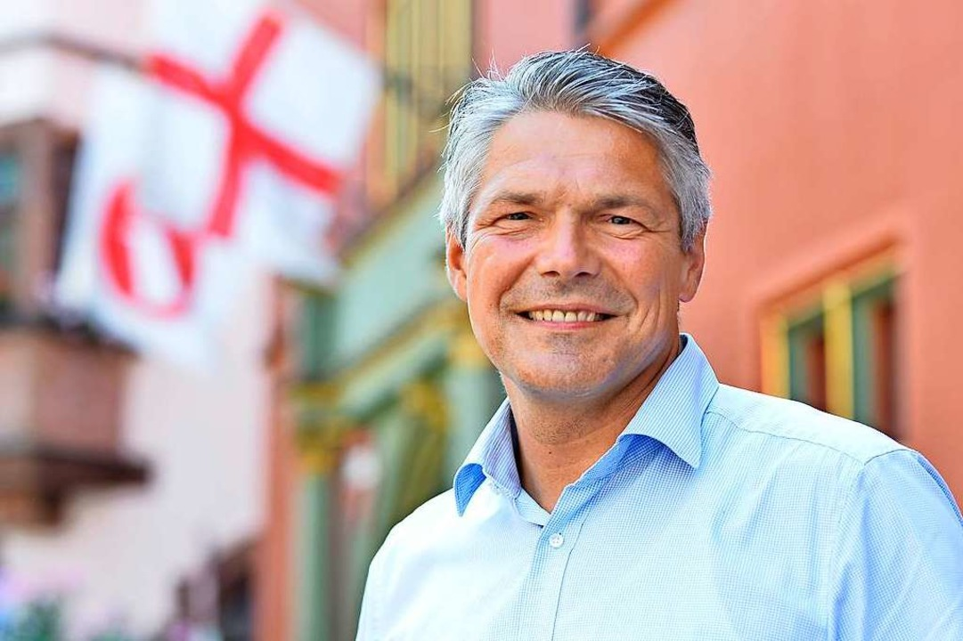 Stefan Breiter ist Freiburgs Finanzbür...8211; und ehemaliger Eishockey-Schiri.    Foto: Michael Bamberger