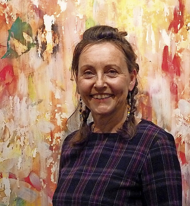 Anna-Katharina Rintelen überlässt die ...ng ihrer Bilder gerne auch dem Zufall.  | Foto: Karin Wortelkamp