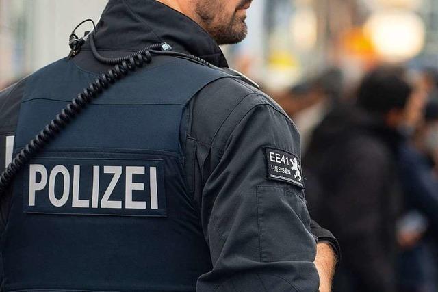 Verdacht auf geplanten Anschlag: Drei mutmaßliche IS-Anhänger gefasst