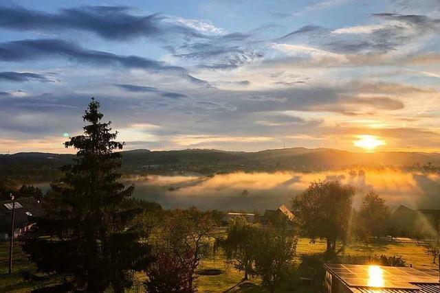Nebelschwaden und Wolken über Freiamt