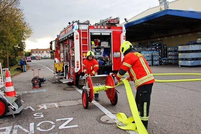 Großübung in Bötzinger Industriewerk legt auch Schwachstellen offen