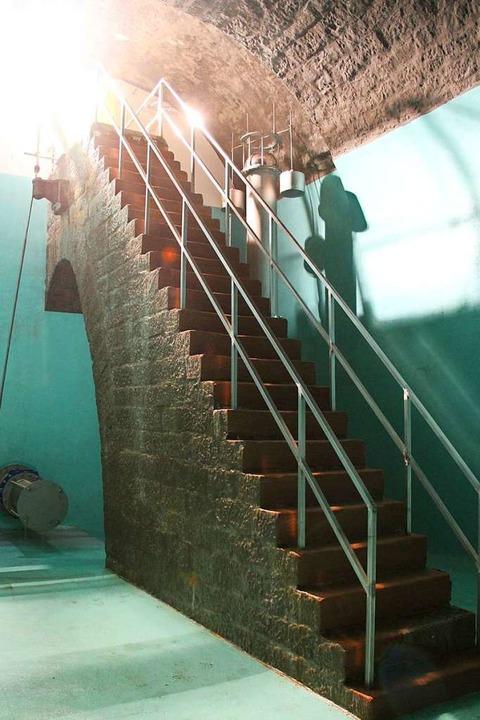 In die beiden Wasserkammern führen denkmalgeschützte Sandsteintreppen.    Foto: Badenova