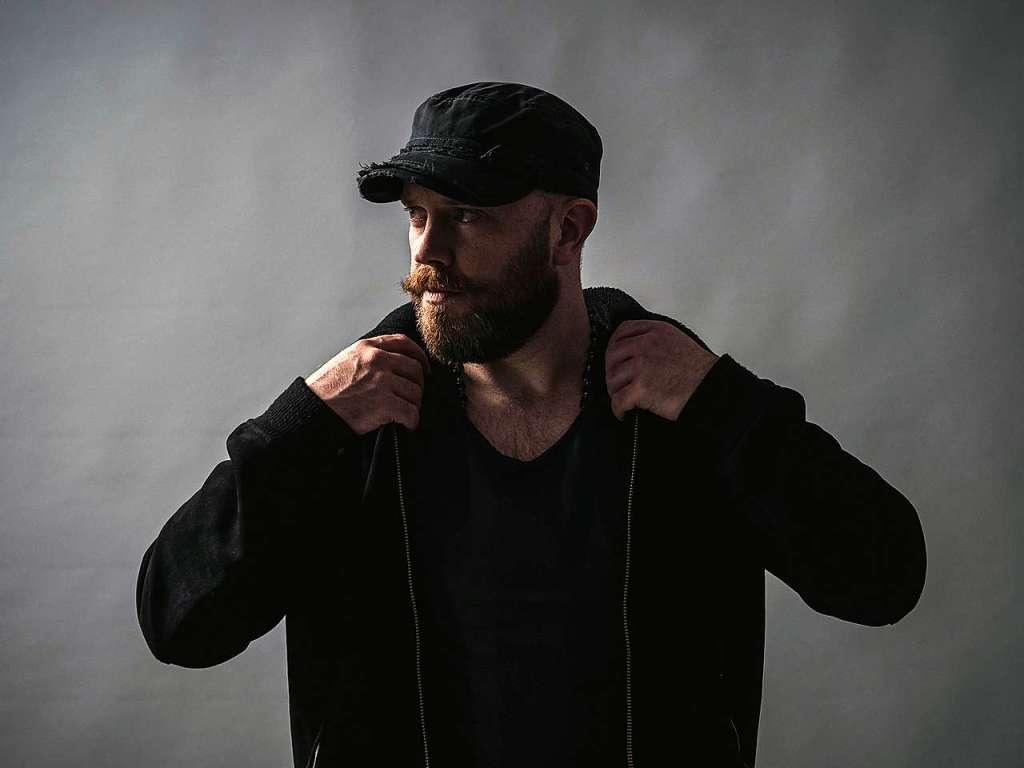 Der Irische Musiker Ryan Sheridan spielt mit seiner Band im Waldsee - Freiburg - Badische Zeitung