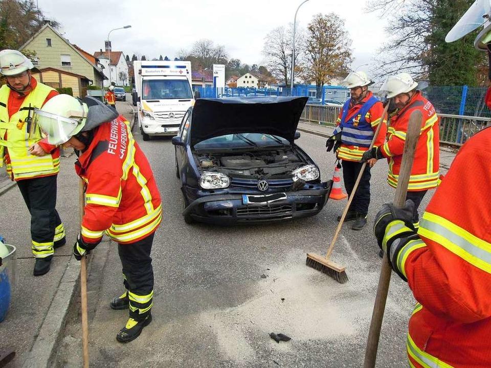Zwei Leichtverletzte hat ein Auffahrun...in Laufenburg auf der L154  gefordert.  | Foto: Feuerwehr Laufenburg