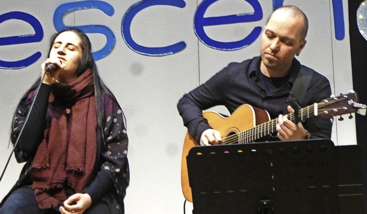 Gäste bei Crescendo: das Duo Acoustic Serenade   | Foto: Anne Freyer