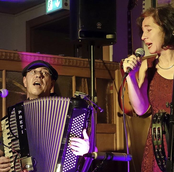 Vera Maier und Thomas Allgeier im Salmen   | Foto: Privat