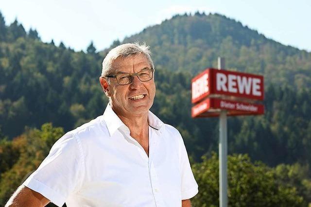 Denzlinger Unternehmer Dieter Schneider wird in Berlin geehrt