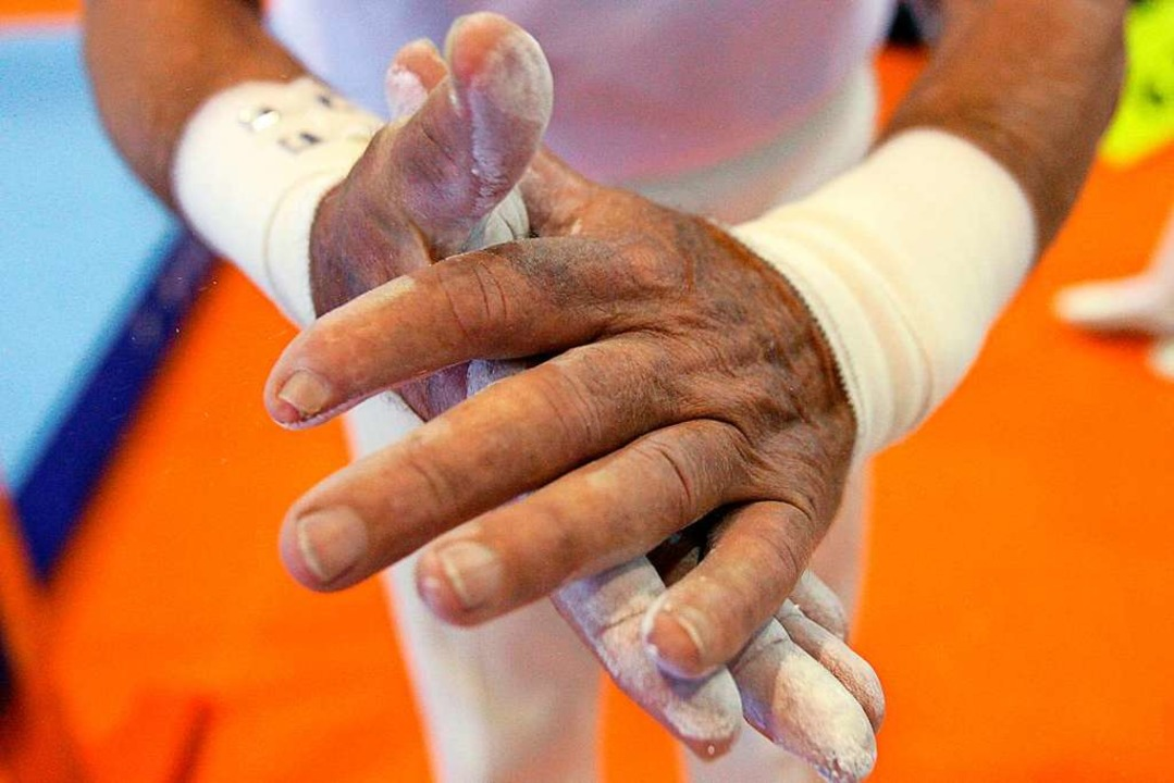 Sport ist keine Frage des Alters &#821...n Seniorenmeisterschaft vor der Übung.  | Foto: Marius Becker