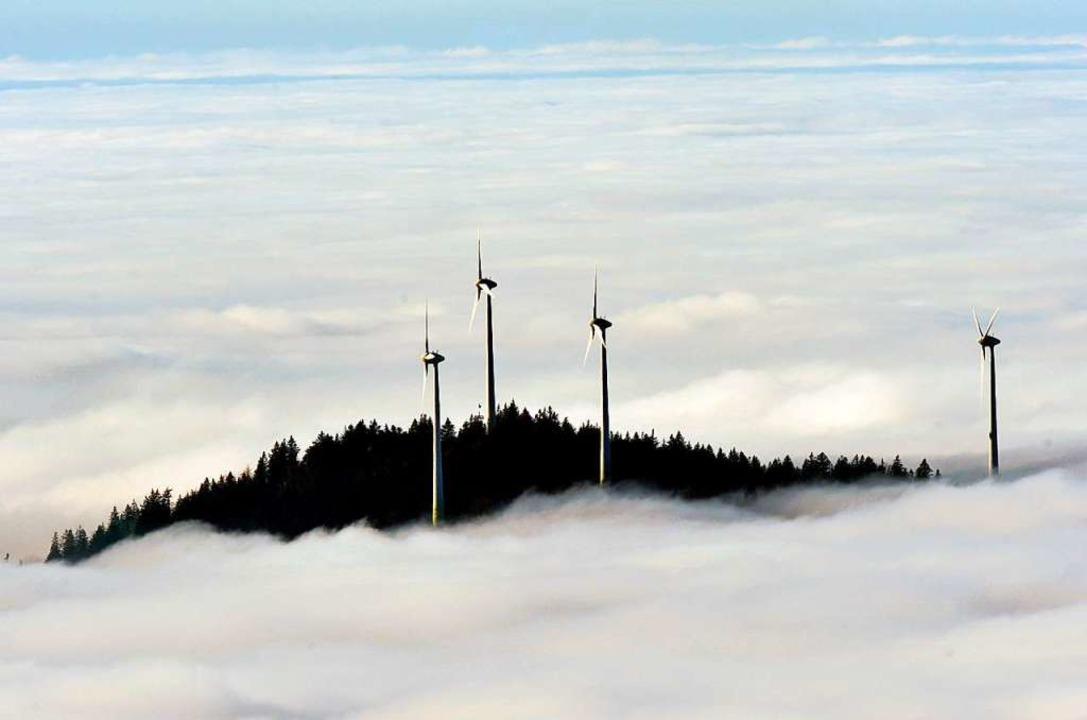 Windräder auf dem Rosskopf bei Freiburg  | Foto: Rolf Haid