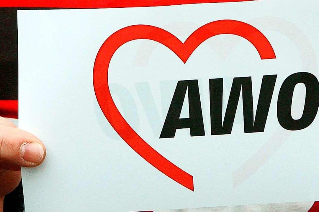 Das heutige Logo der Arbeiterwohlfahrt (AWO)  | Foto: Holger Hollemann (dpa)