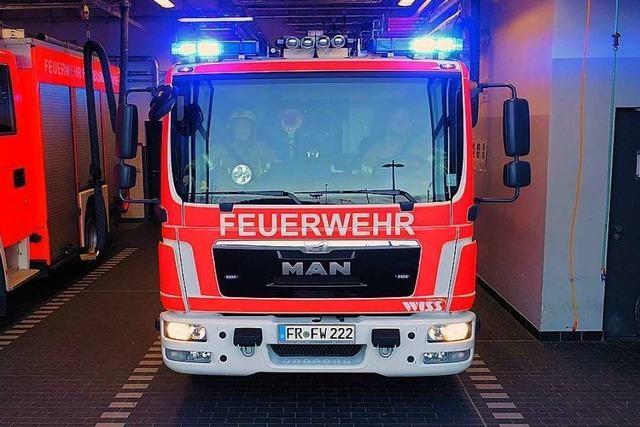 Feuerwehr löscht Wohnungsbrand in Freiburg-Haid