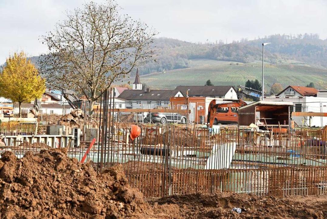 Die Bauarbeiten am Rathaus in Schallstadt haben begonnen.  | Foto: Andrea Gallien