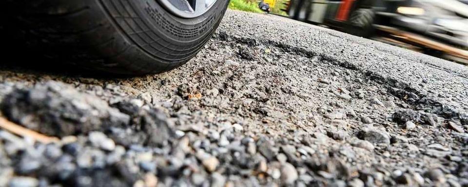 Unbekannte zerstechen Autoreifen in Bötzingen