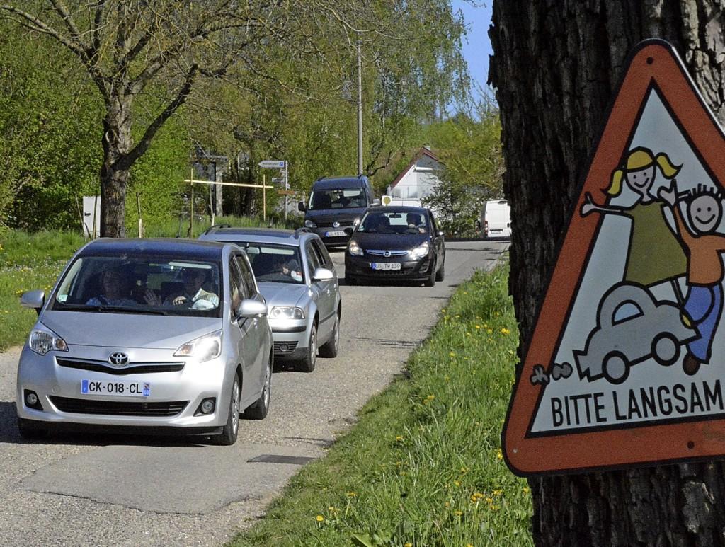 Ärger mit parkenden Autos - Weil am Rhein - Badische Zeitung