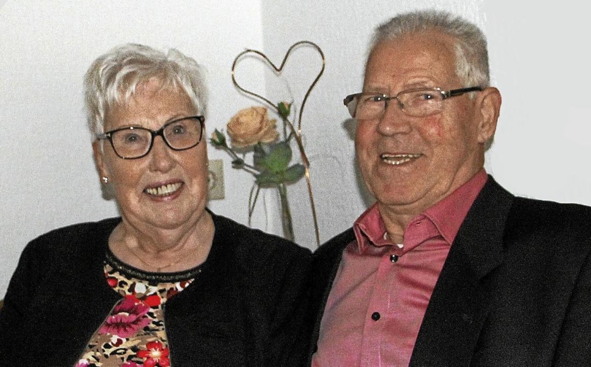 Seit 60 Jahren sind Herlinde und Wilhelm Burkhart verheiratet.  | Foto: Herbert Trogus