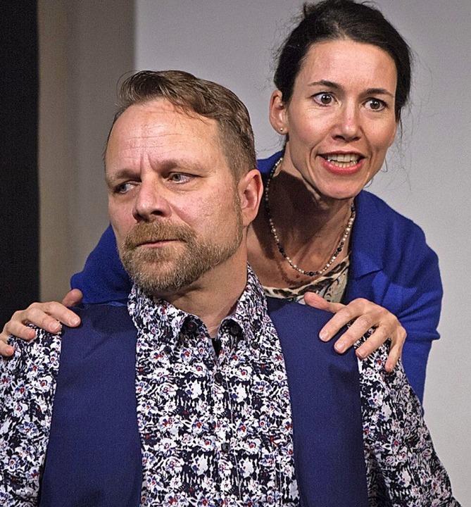 Martin Mayer und Cornelia Schmidt als Ehepaar Philip und Sheila  | Foto: Barbara Zimmermann