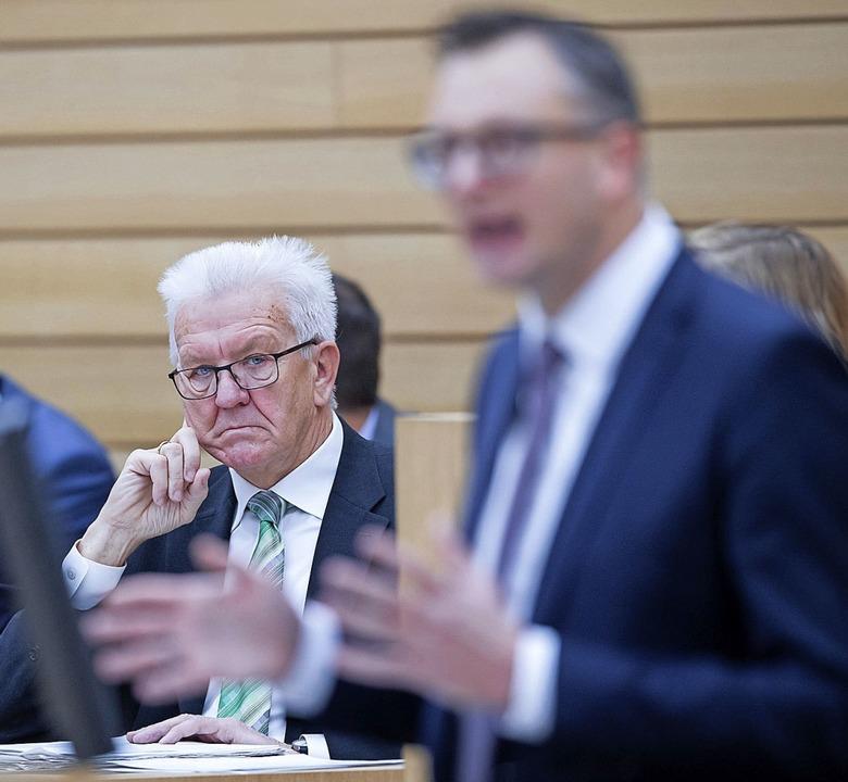 Hoffen auf die eigenen Leute: Minister...Grünen-Fraktionschef Andreas Schwarz.   | Foto: Tom Weller (dpa)
