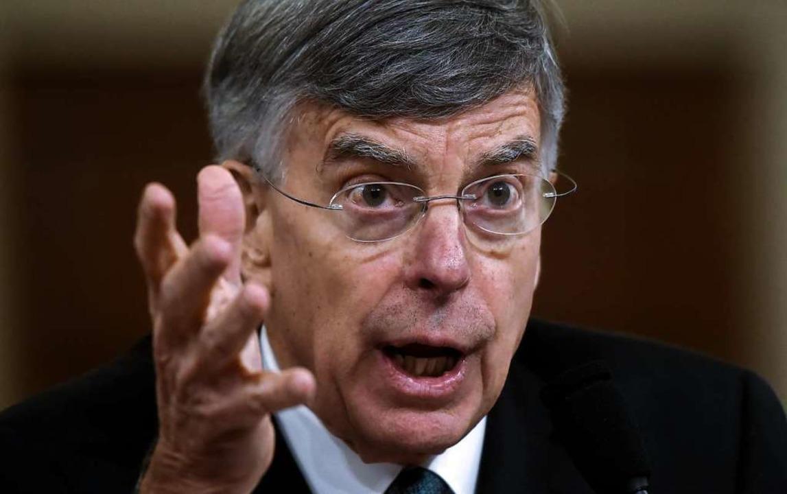 Der Diplomat William Taylor sagte als Zeuge aus.  | Foto: OLIVIER DOULIERY (AFP)