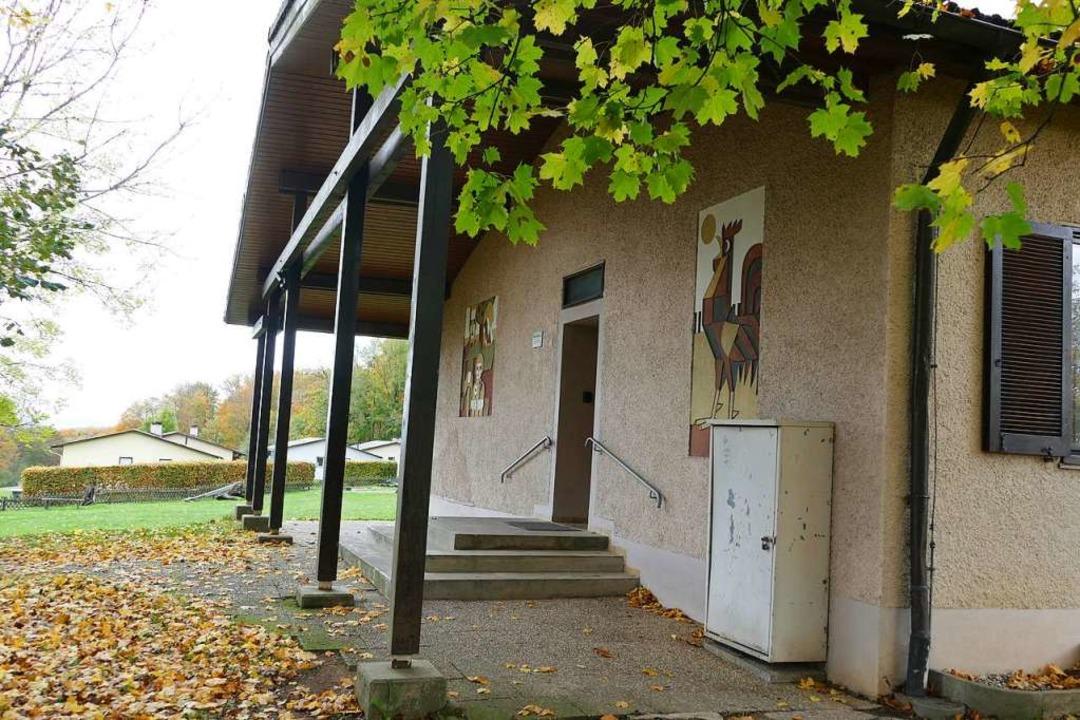 Blick vom Mennicke-Haus mit einem  Ibe...ser der Ferienanlage auf dem Rührberg.  | Foto: Sabine Ehrentreich