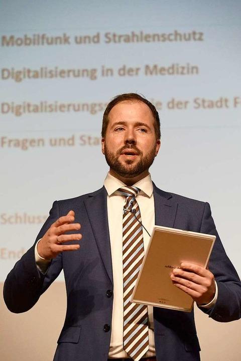 Moderator Alexander Bode  | Foto: Ingo Schneider