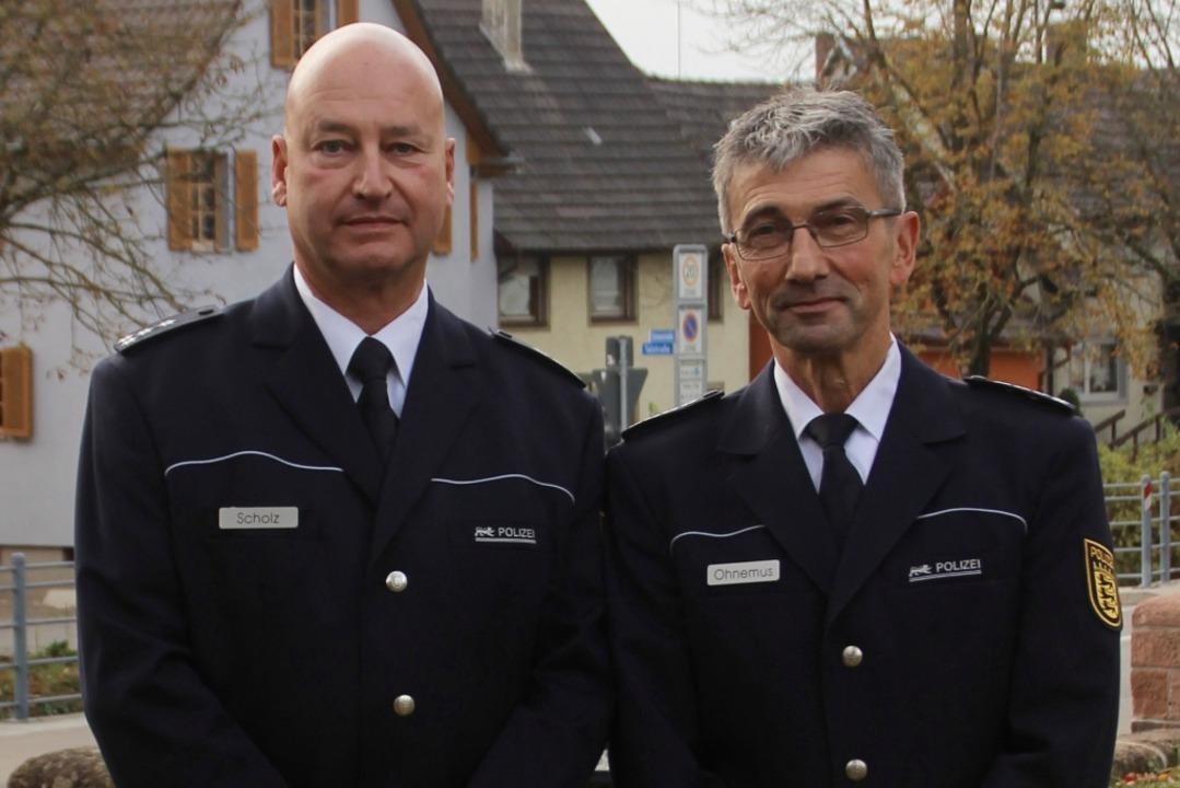 Peter Scholz (links) und sein Vorgänger Joachim Ohnemus  | Foto: Erika Sieberts