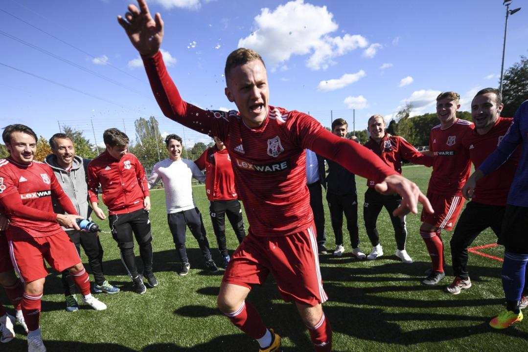 Auch tänzerisch (hier Fabian Amrhein) ...r Freiburger FC zuletzt zu überzeugen.  | Foto: Patrick Seeger
