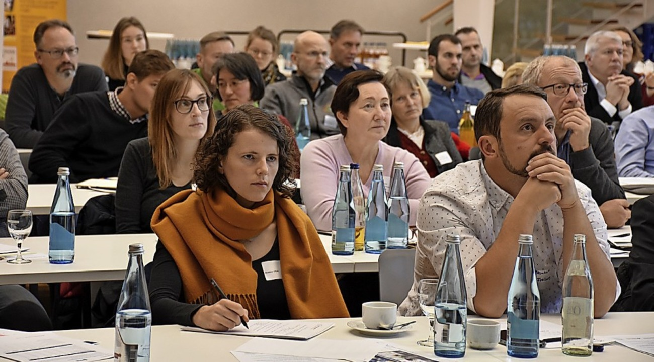 Rund 100 Teilnehmer haben den Kongress im Kurhaus  besucht.  | Foto: Thomas Biniossek