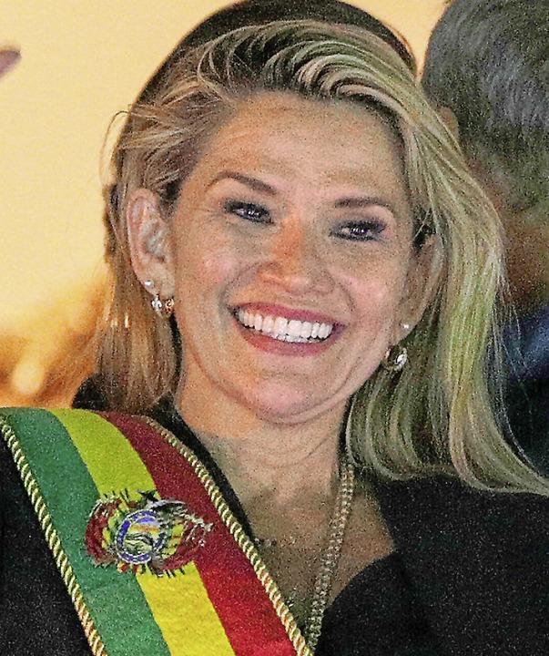 Jeanine Anez mit der Schärpe des Präsidenten    Foto: Juan Karita (dpa)
