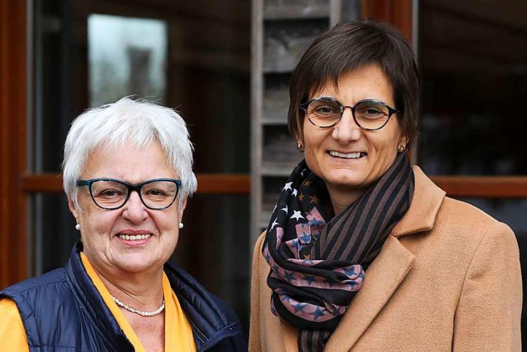 Hildegard Kern (links) und Sabine Fischer  | Foto: Christoph Breithaupt