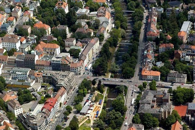 Volker Finke moderiert Diskussionsveranstaltung über den Stadttunnel