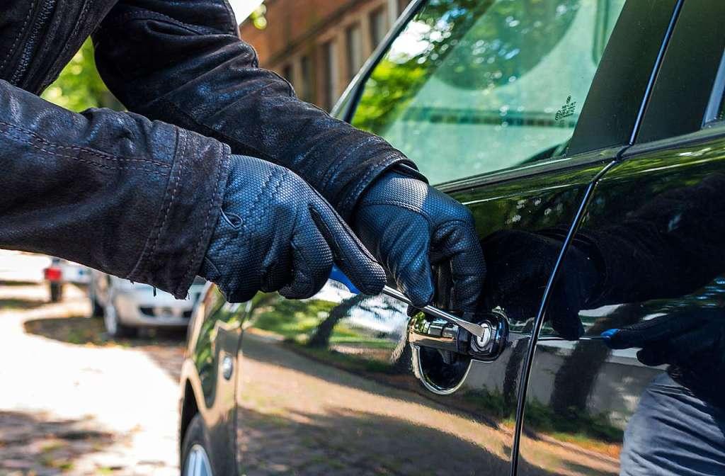 Auto vor Döner-Imbiss in Zell geklaut - Zell im Wiesental - Badische Zeitung