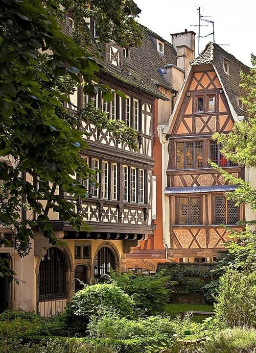 Die Straßburger Altstadt ist von den Erdbeben bislang nicht betroffen.     Foto: PR