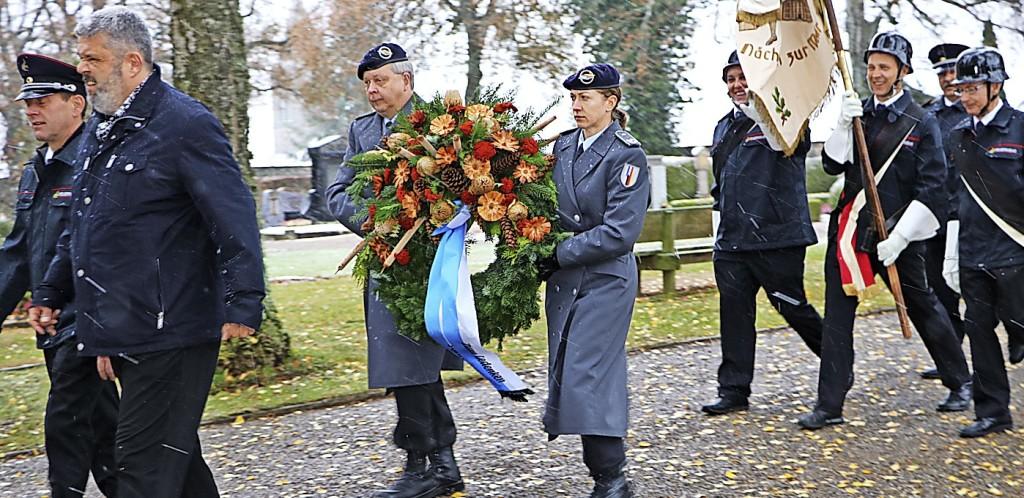 Gedenken an die Opfer der Kriege - Bonndorf - Badische Zeitung