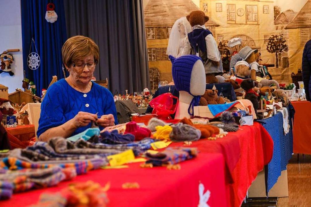 Kreative Vielfalt gab es beim Besonderen Adventsmarkt zu entdecken.  | Foto: Ansgar Taschinski